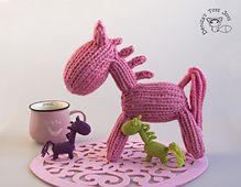 Ravelry: Waldorf colored Horses pattern by Tatyana Korobkova