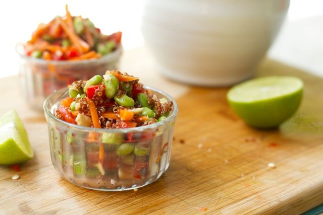 simple porch salad - [quinoa, edamame, carrots, red pepper...] - YUM - That's So Vegan