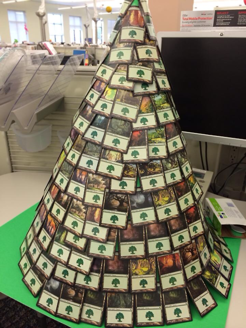 Super Cool Magic Cards Christmas Tree Best Holiday Gift For Mtg