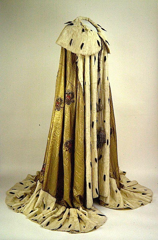 Maria Feodorovna's coronation robe.