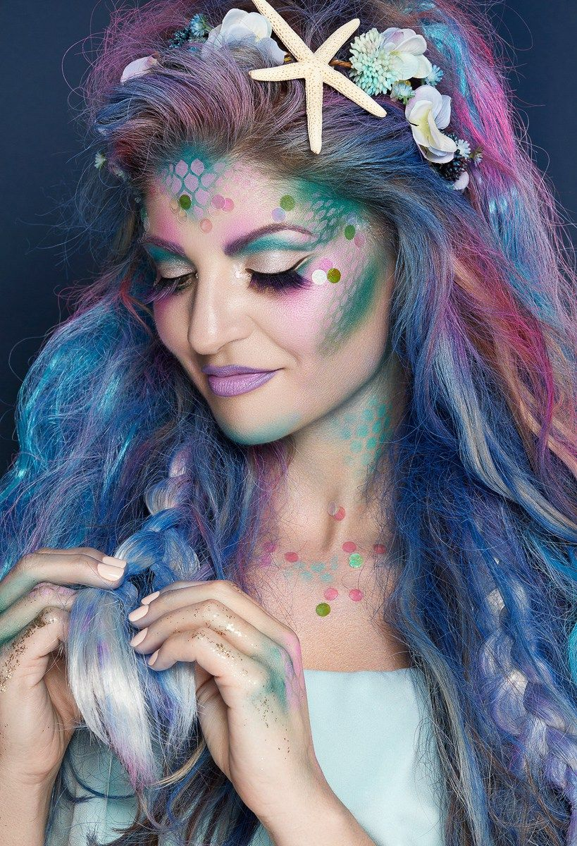 Mermaid Makeup Look for Halloween with Pond's Beauty