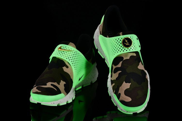 more photos 09131 7e1b4 Girl WMNS Nike Sock Dart lightning Print Army Force Green White Glow In The  Dark