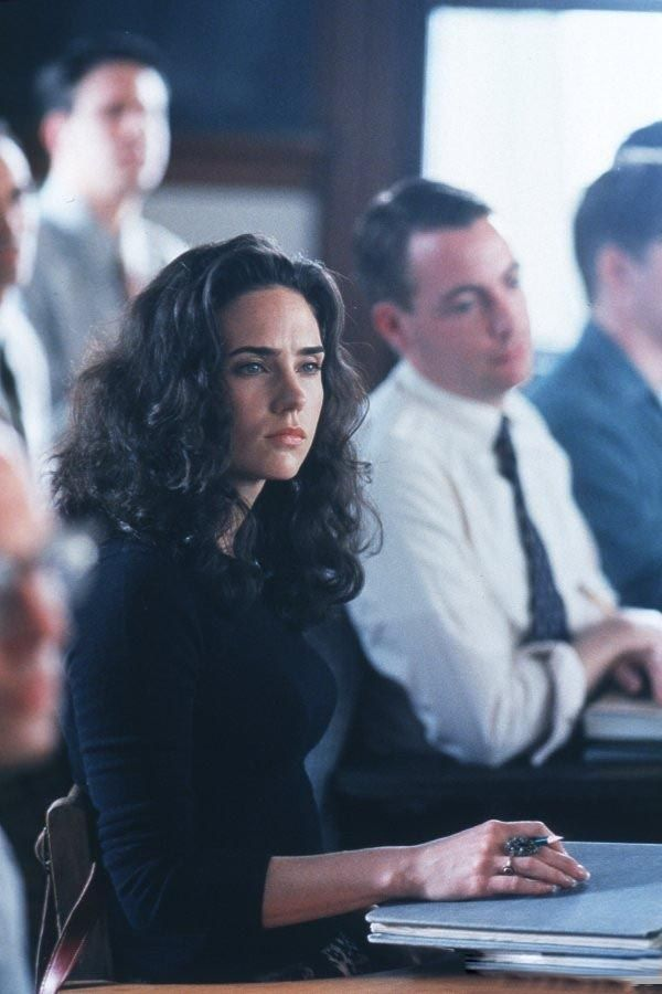 Jennifer Connelly in A Beautiful Mind, 2001. I wish she wore her hair like this more often. The curls are more flattering on her than the stick-straight hair she always seems to have lately. Also...has she ever cut her hair really short? Such important questions, ha ha.