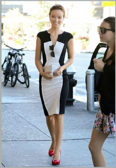 3708deb3eb309 Love the black and white pencil dress. The red shoes add the perfect ...