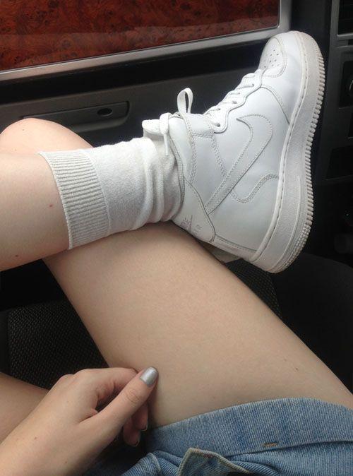 white nike air force 1 low tumblr