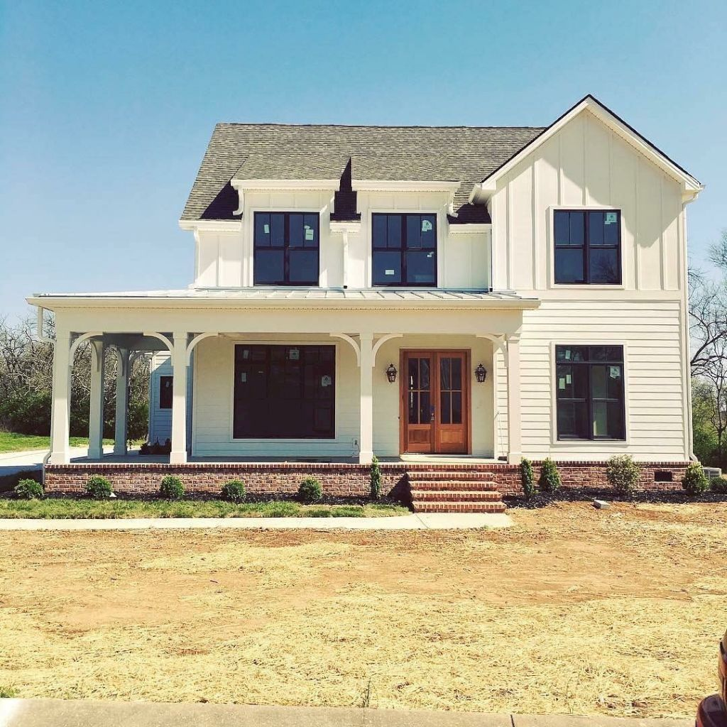 42 Minimalist Home Exterior Design Model Rustic Farmhouse 2019 #beautifulhomes
