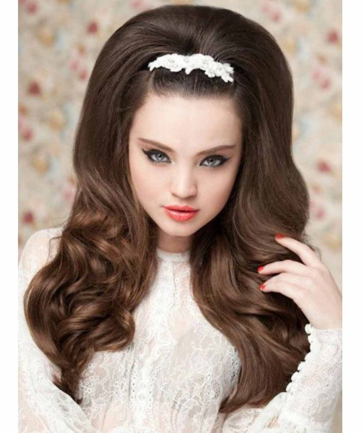 Pin up hairstyles for long hair and choice recommendation