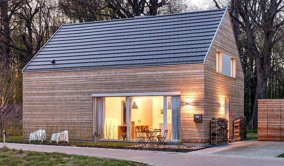 Lillesol in 2020 Ferienhaus bauen, Holzfassade und