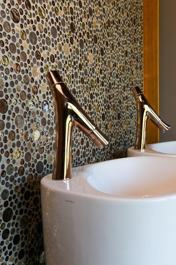 Badkamer door Beerens Interieurs. Mozaiek stenen zijn van het merk ...