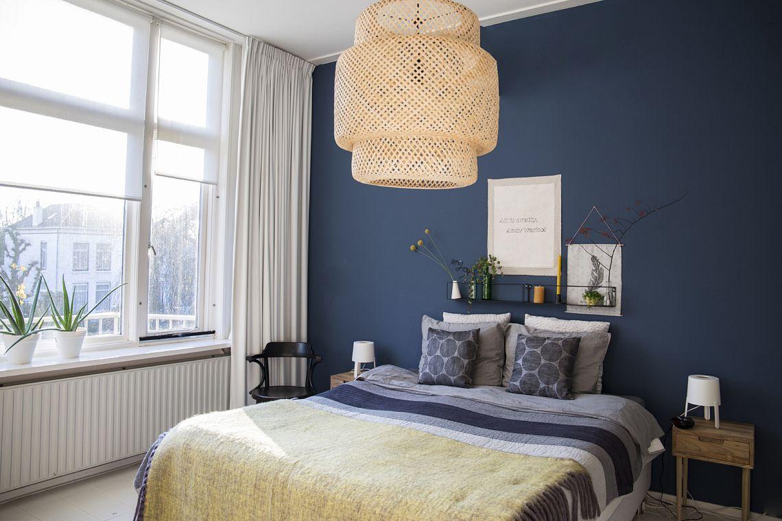 Slaapkamer Blauwe Muur : Binnenkijken gelukkig in de oude suvelskool slaapkamer blauwe