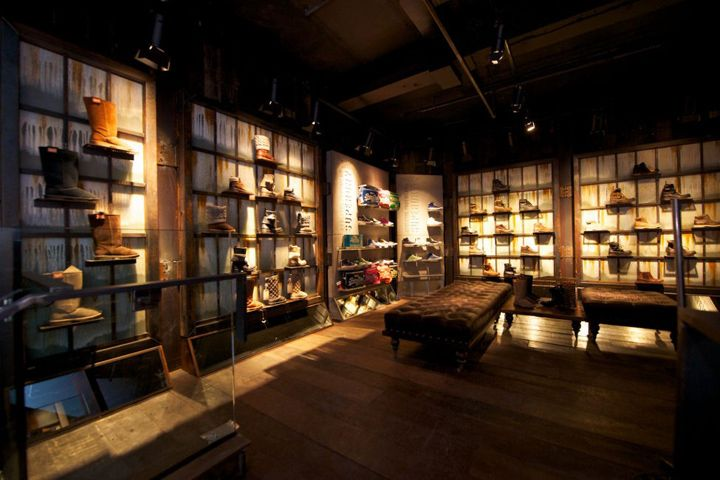 Superdry flagship store london store design retail for Retail interior designers in london