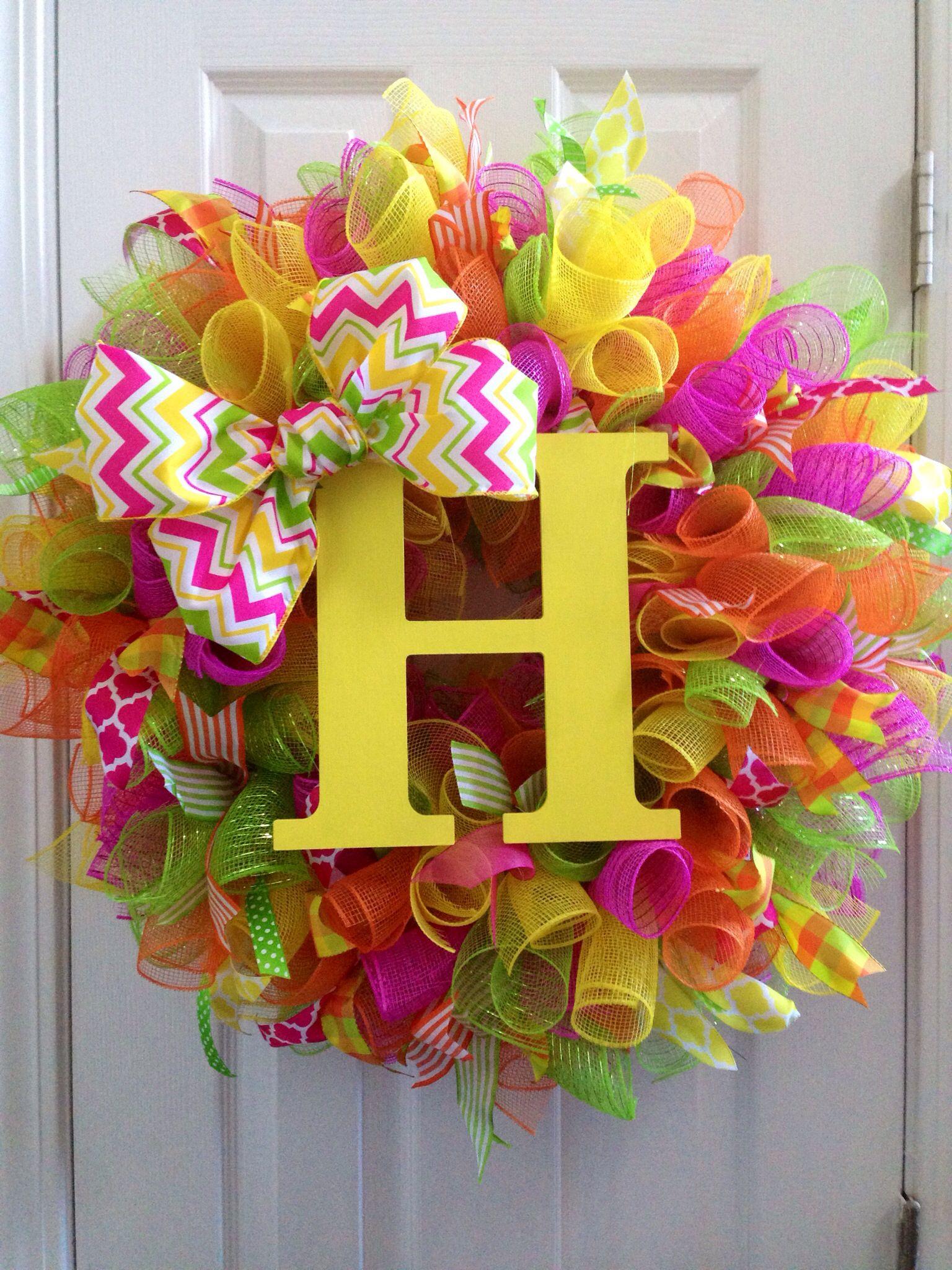 8e54e41b6c0f04 Spring Deco Mesh wreath with initial.