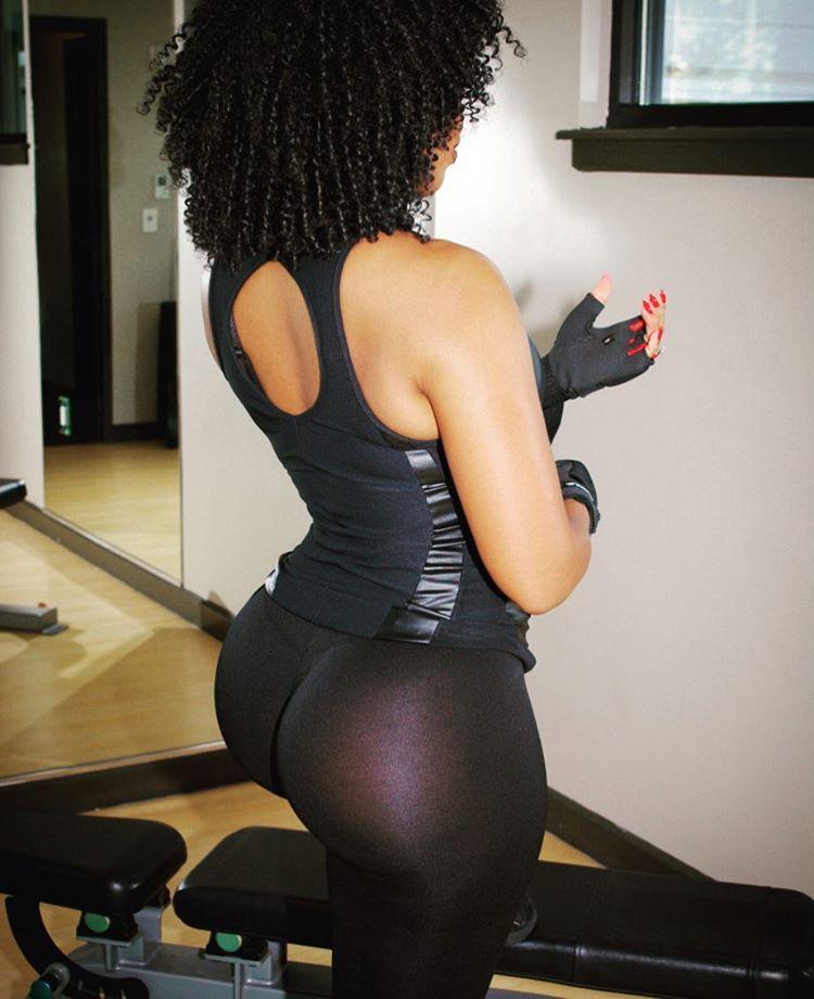 Ayisha Cottontail Therealayisha  E  A Instagram Photos And Videos