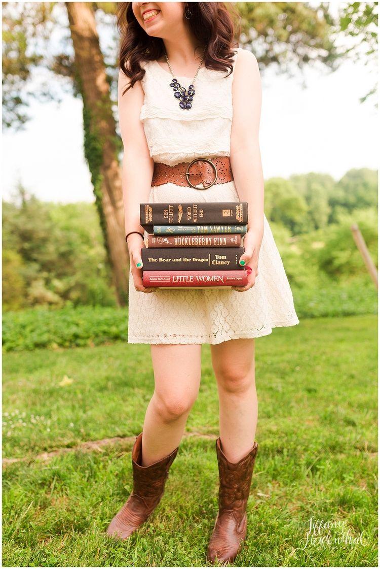 Senior Portraits Richmond VA bookworm styled shoot