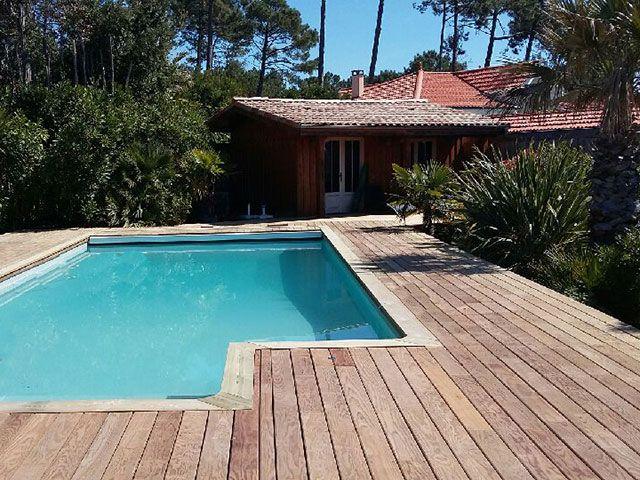 Bassin Bois Service construit des terrasses en bois sur mesure sur - terrasse bois avec bassin