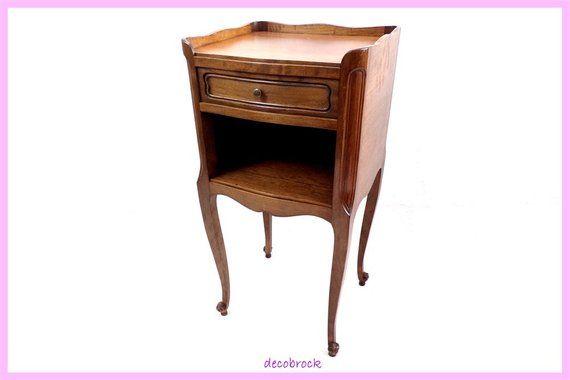 Chevet Vintage En Bois Table De Nuit Style Louis Xv Bout De Etsy Shabby Chic Furniture Wood Nightstand Shabby Chic