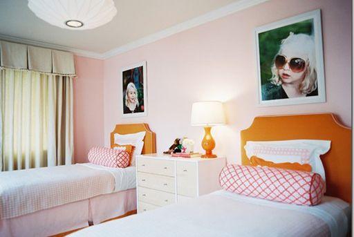 Do similar in boys bedroom? decor via lilblueboo.com