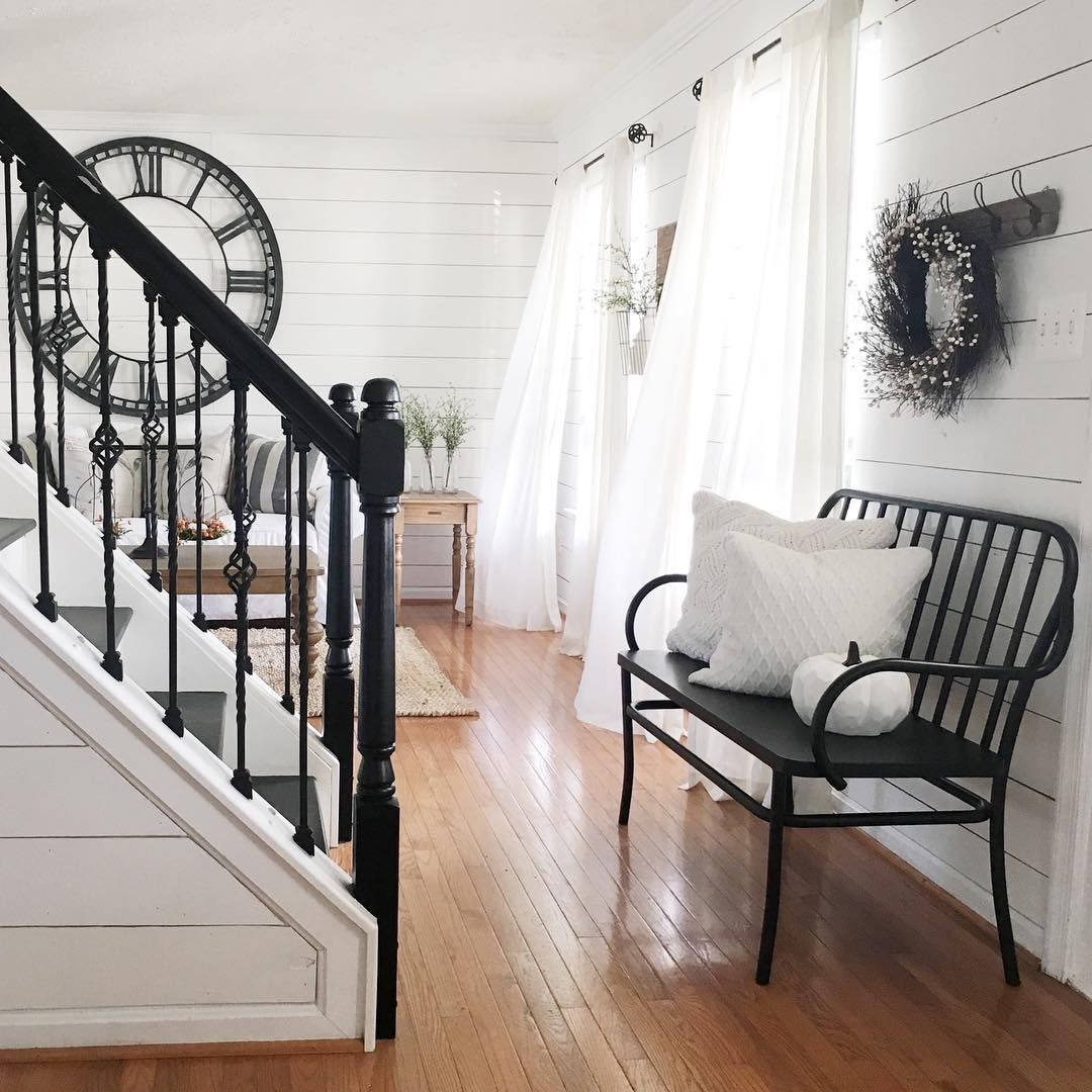 Best Beautiful Farmhouse Country Entryway With Black Stair 640 x 480