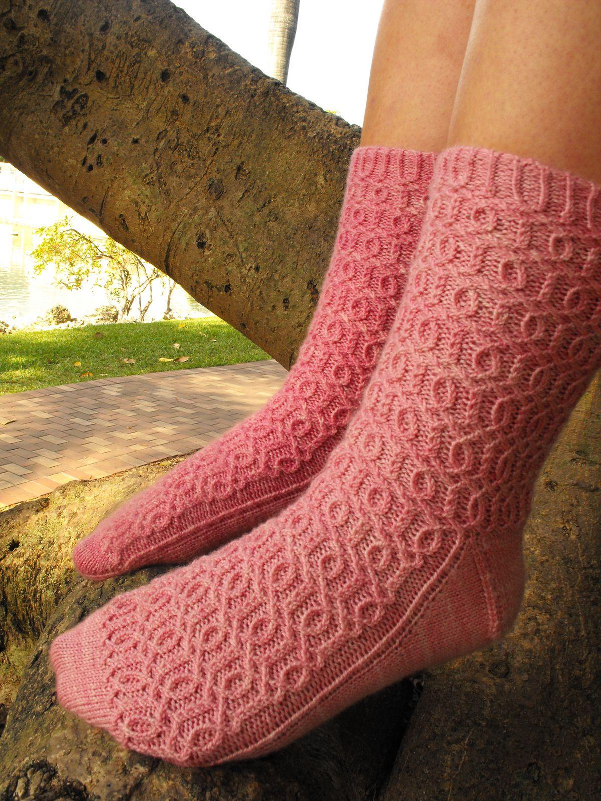 Ravelry: Primrose by Sarah V. Miller | Knitted socks | Pinterest ...