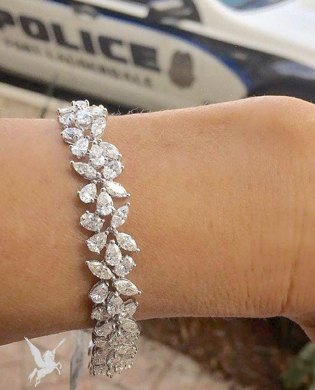 Costco Diamond Bracelet : costco, diamond, bracelet, Check, Diamond, Engagement, Rings, Costco, #great, Bracelet, Design,, Bracelet,, Tennis