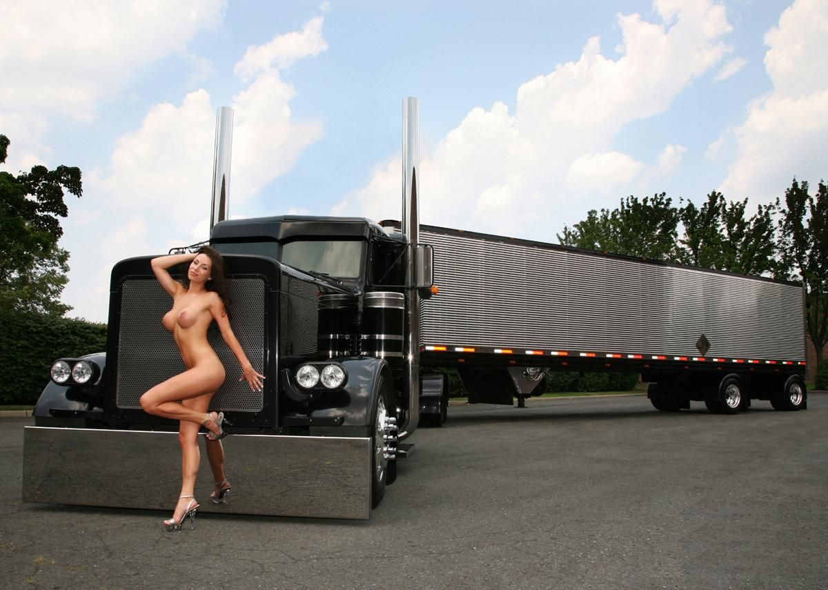 truck women Semi naked