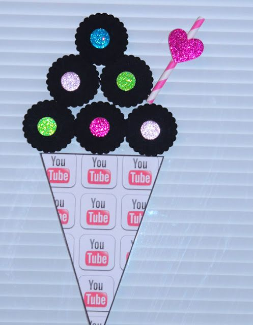 Youtube Birthday Party Free Food Card Printables And Flag Bunting