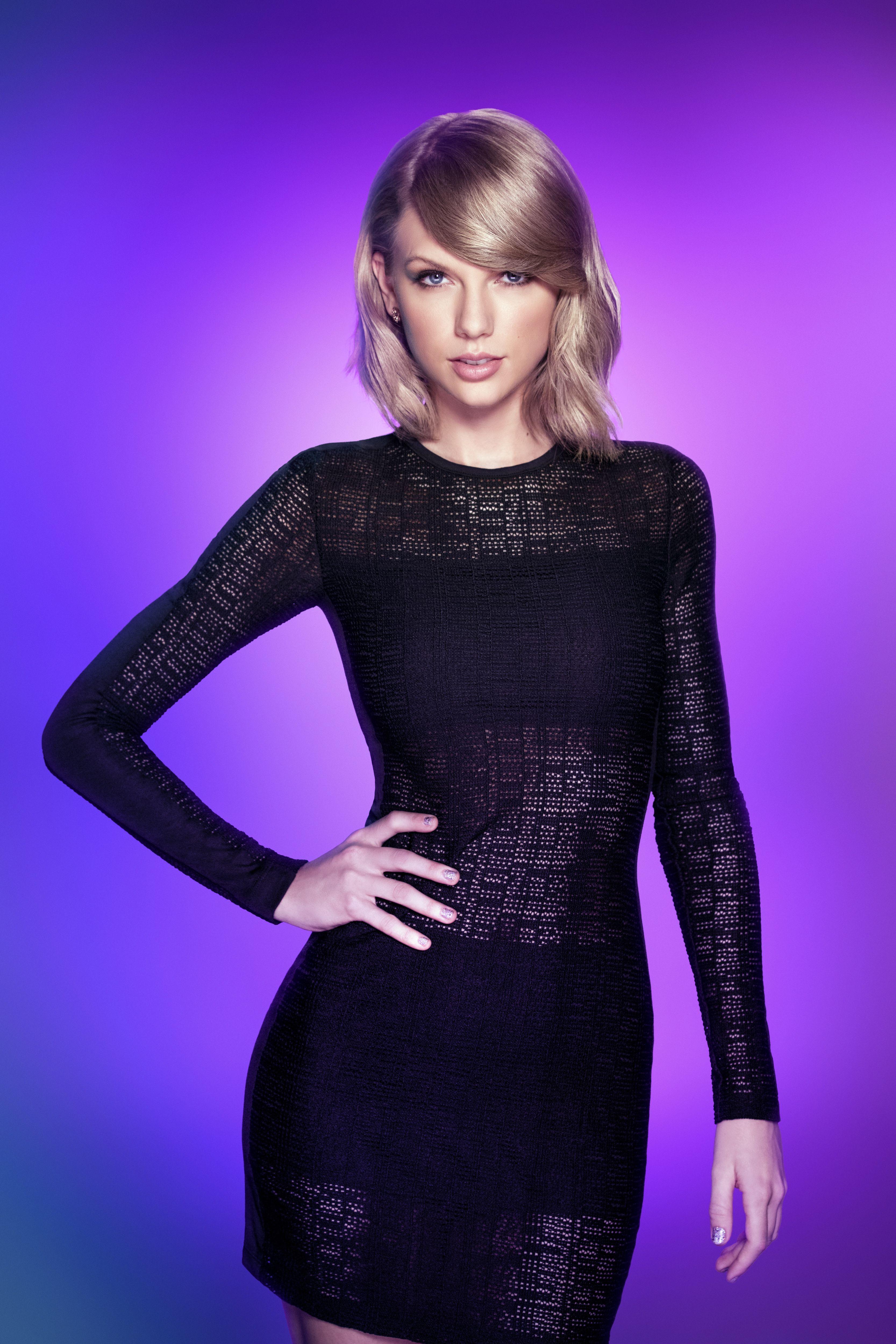 Swift pics taylor hot In Pics;