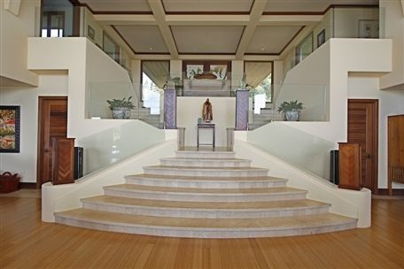 Best Check Out This Grande Staircase If You Were To Design 640 x 480
