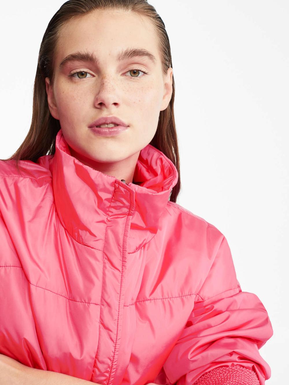 Max Mara – Water-repellent taffeta raincoat on lovethebrands.com and at Max Mara of course!