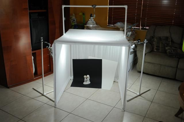 Dont spend a fortune on expensive photography equipment, use this Diy light box when photographing