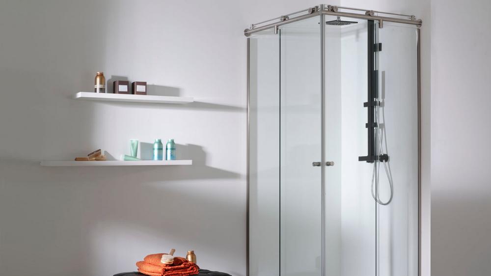 3 astuces de grand-mère pour des parois de douche impeccables - M6 Deco.fr