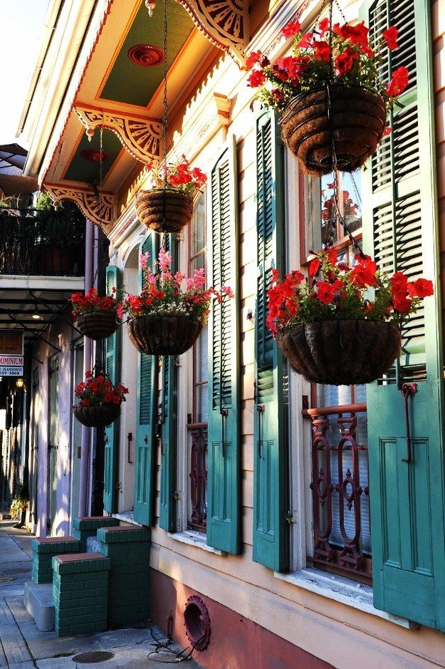 35 Shades Of The Rainbow In One Pretty City / I really want to check out New Orleans someday! #CheatOnGreek  #Contest
