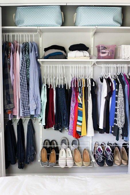 The konmari method organizing clothes la magie - Methode de rangement konmari ...