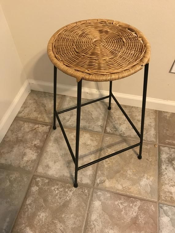 Amazing Arthur Umanoff Bar Stool Or Plant Stand With Rattan Seat And Squirreltailoven Fun Painted Chair Ideas Images Squirreltailovenorg