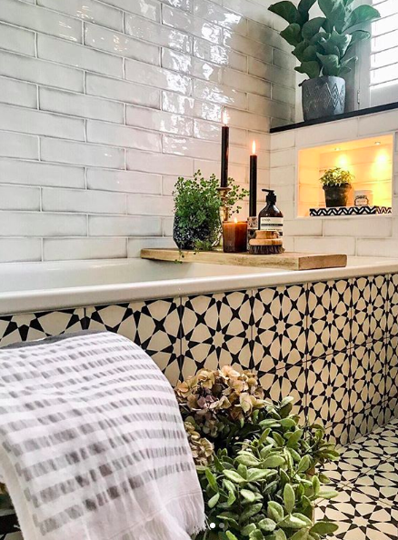 Photo of Instagram Stalker: Bathrooms we want to soak in — The Pink House