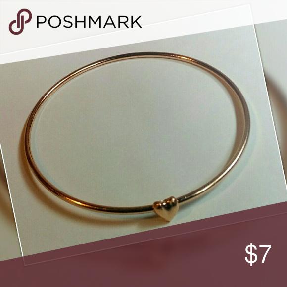 3/$20 🌵HP🍍 Gold Heart Bracelet NWT! Gold heart bracelet! Jewelry Bracelets