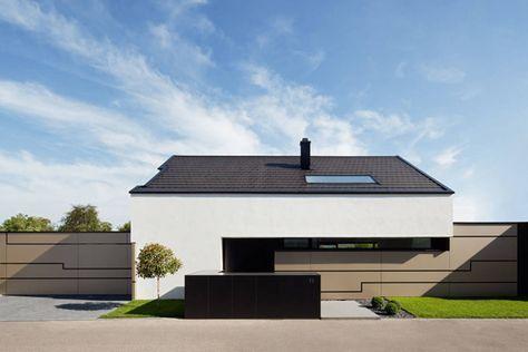 Haus mit unglaublichem Wohnzimmer Modern house design, Bauhaus and
