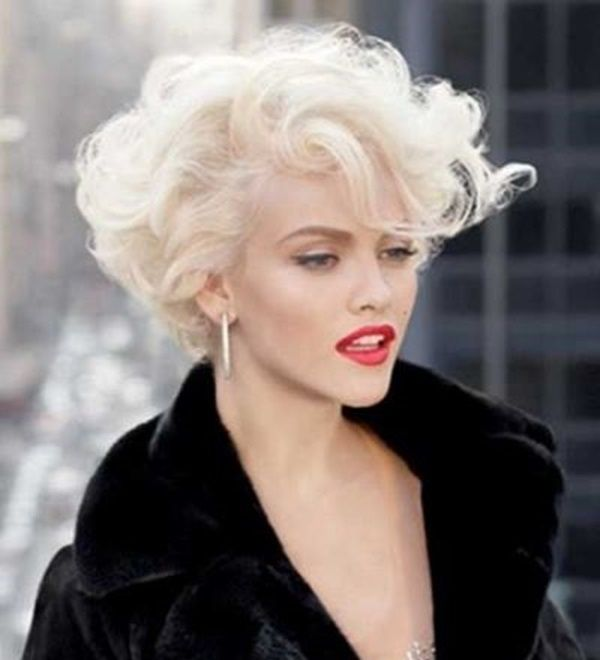 Short curly Marilyn Monroe inspired hairstyle  b8765ef23247