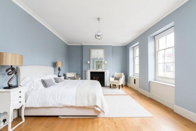 Kühlende Wirkung der Blautöne in Kombination mit Weiß-warm Fußboden ...
