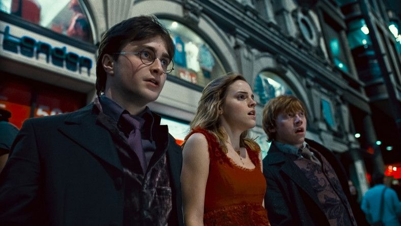 Harry Potter I Insygnia Smierci Czesc 1 Online Cda Zalukaj Harry Potter Ride Deathly Hallows Part 1 Deathly Hallows