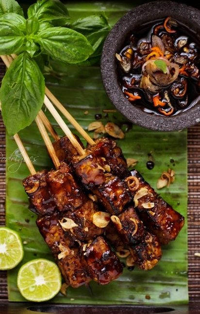 Indonesian Sate Tempeh With Chile Kecap Manis Bawang Goreng Lime Dipping Sauce This Recipe Is Shar Malaysian Food Photographing Food Vegetarian Recipes