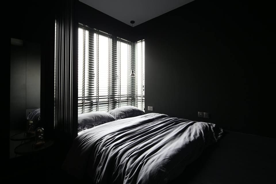 Dark and dreamy bedroom