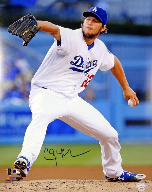 This Is A 16x20 Photo That Has Been Hand Signed By Clayton Kershaw It Has Been Authenticated By Psa Dna And Comes W Dodgers Los Angeles Dodgers Baseball Fight