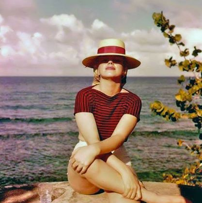 Marilyn beach hat