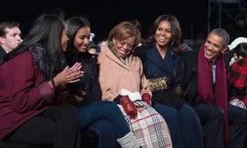 Obamas Celebrate Their Last Thanksgiving At The White House Michelle Obama Mom Michelle Obama Malia Obama