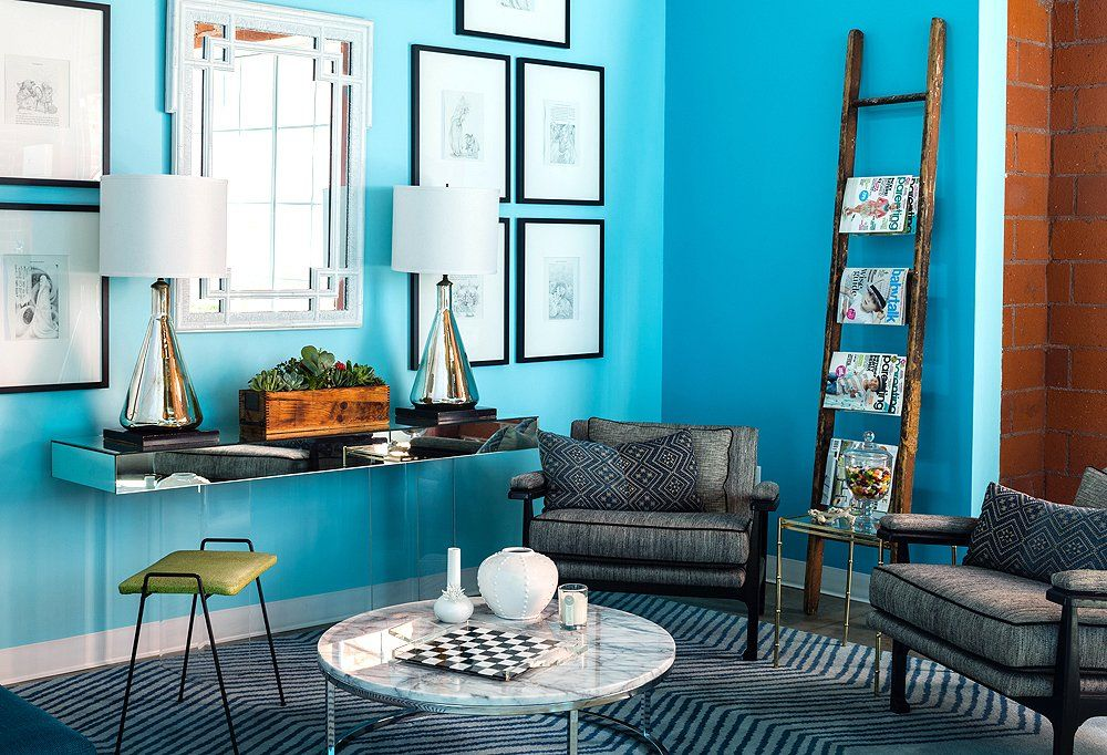 Decorate office jessica Make The Shape And Mad Menesque Fabric Of The Pair Of Vintage Armchairs Reflects Jessicas Weakness For Midcentury Modern Pieces Pinterest Honestly Chic Jessica Albas Office Style Jessica Alba Style
