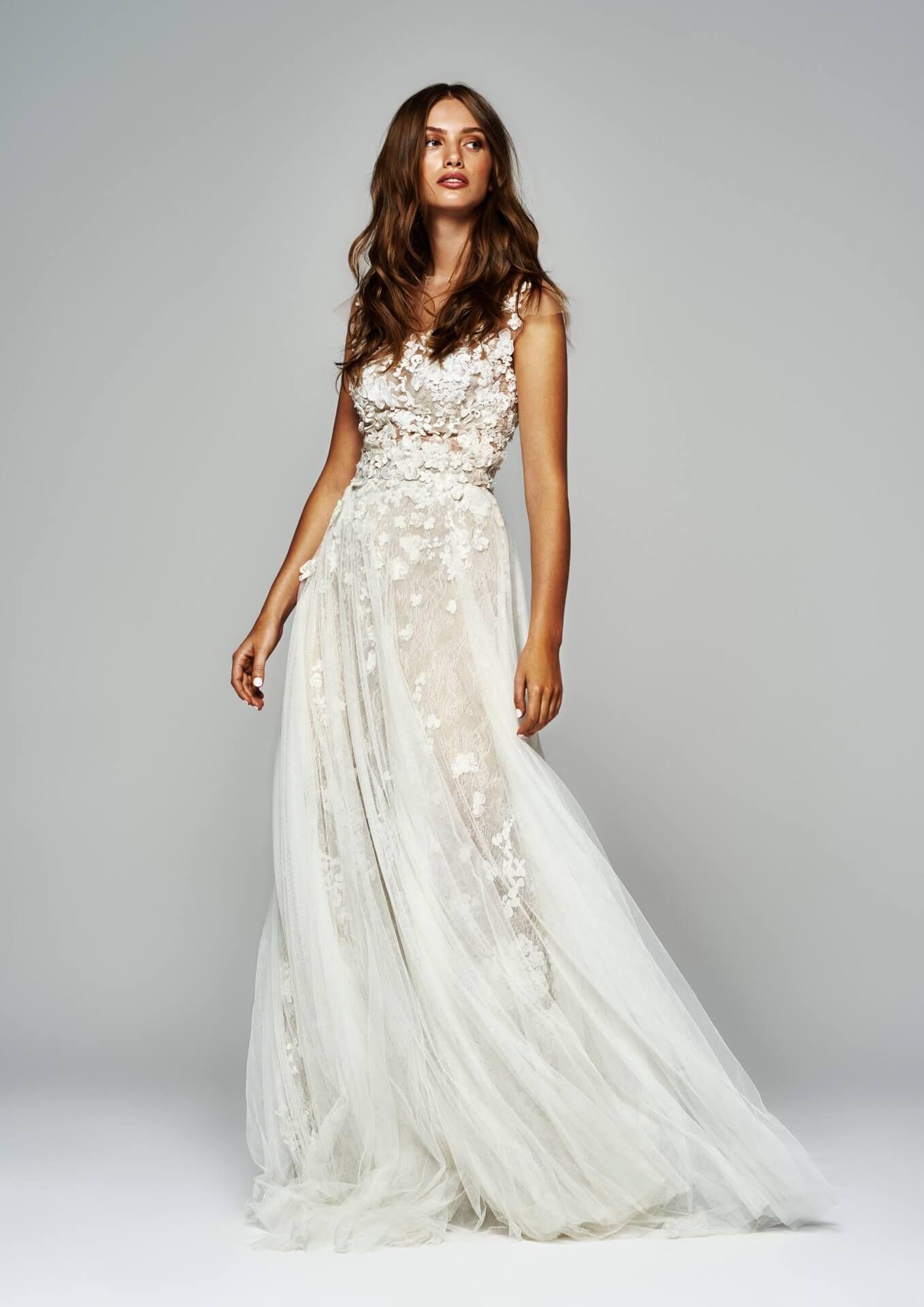 Salon Sukien Slubnych Projektantka Sukien Slubnych Sylwia Kopczynska Dresses Wedding Dresses Wedding Dresses Lace