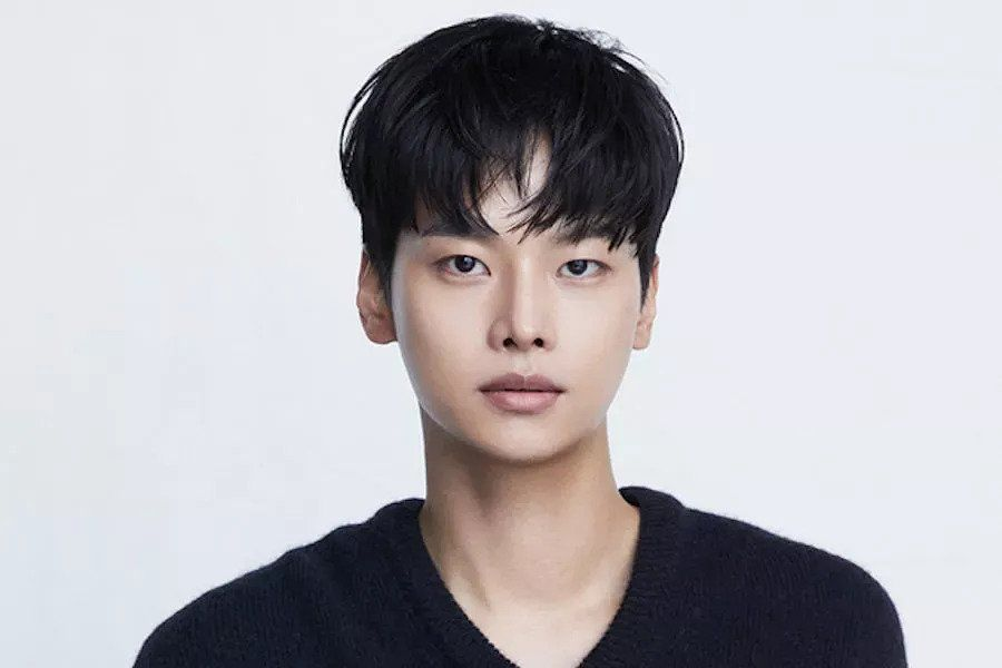 VIXX's N Confirmed To Join Lee Bo Young And Kim Seo Hyung In New tvN Drama