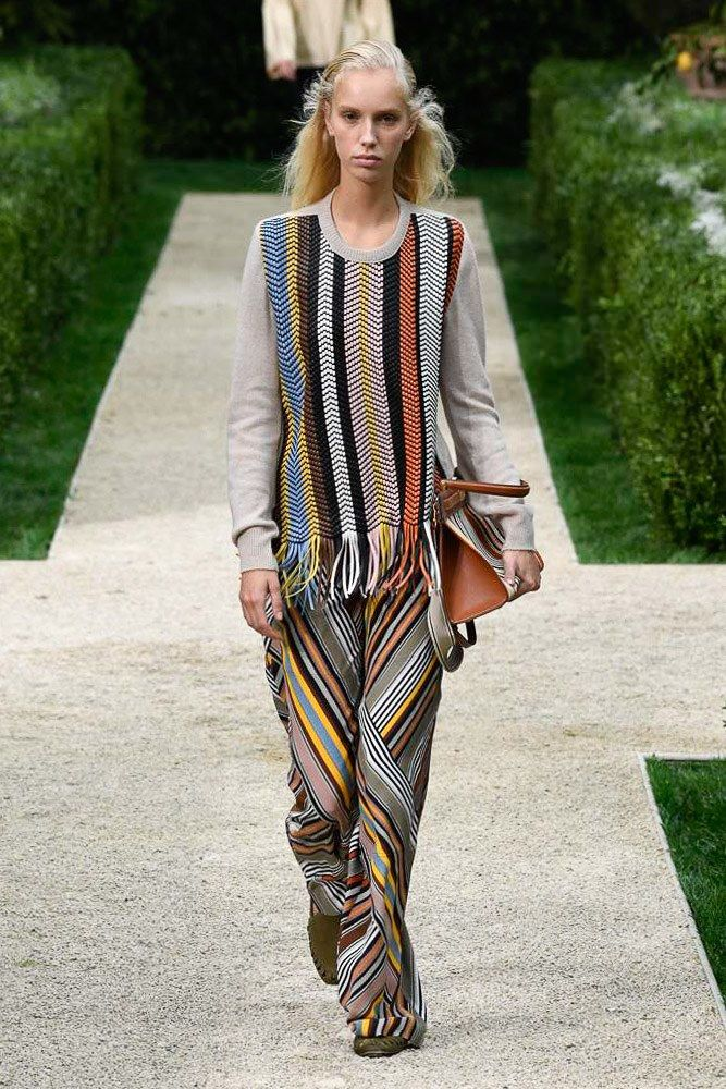0028741d516e Tory Burch Spring 2019 Ready-to-Wear Fashion Show | 2019 Spring ...