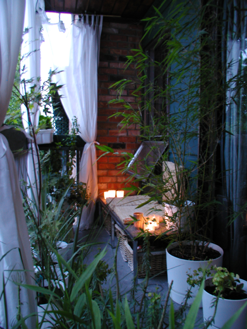 apartment patio privacy ideas wonderful manhattan   My Great Outdoors: Pete the Cat's Curtained Balcony ...